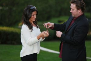 Jym Elders shows his up close magic - Funny Business Agency